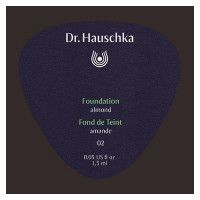 DR. HAUSCHKA Foundation 02 almond Sachet